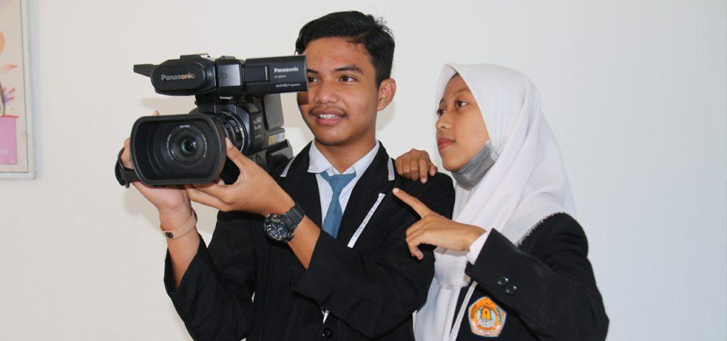 Keahlian Multimedia SMKN 1 Praya Tengah