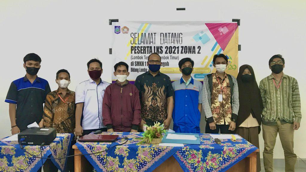 SMKN 1 PRAYA TENGAH Lolos ke Tingkat Provinsi Pada LKS 2021 Zona 2 di Bidang IT-Software Solution for Business